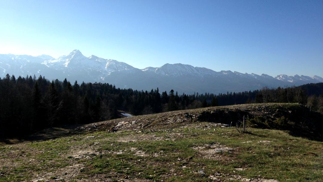Point de vue sur les sommets du Vercors